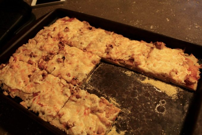 Buffalo Chicken Wing Pizza: 3ten.ca