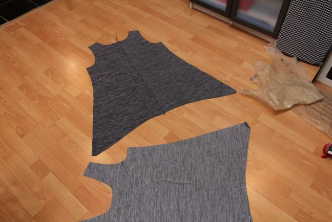 52 Weeks of Sewing: Tunic with a Skinny Belt: 3ten.ca
