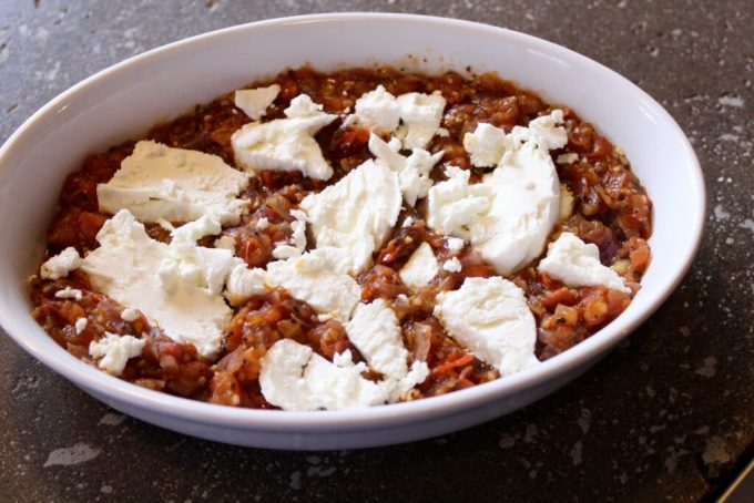 Warm Salsa and Baked Goat Cheese: 3ten.ca