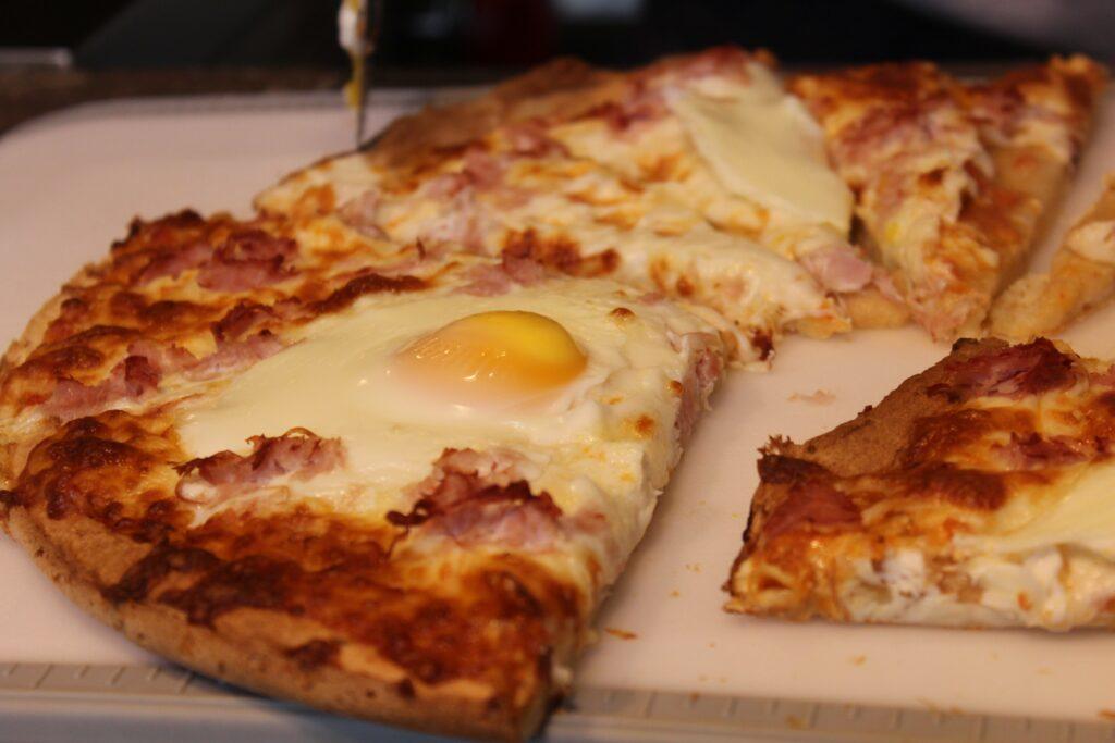 Gluten Free Breakfast Pizza: 3ten,ca