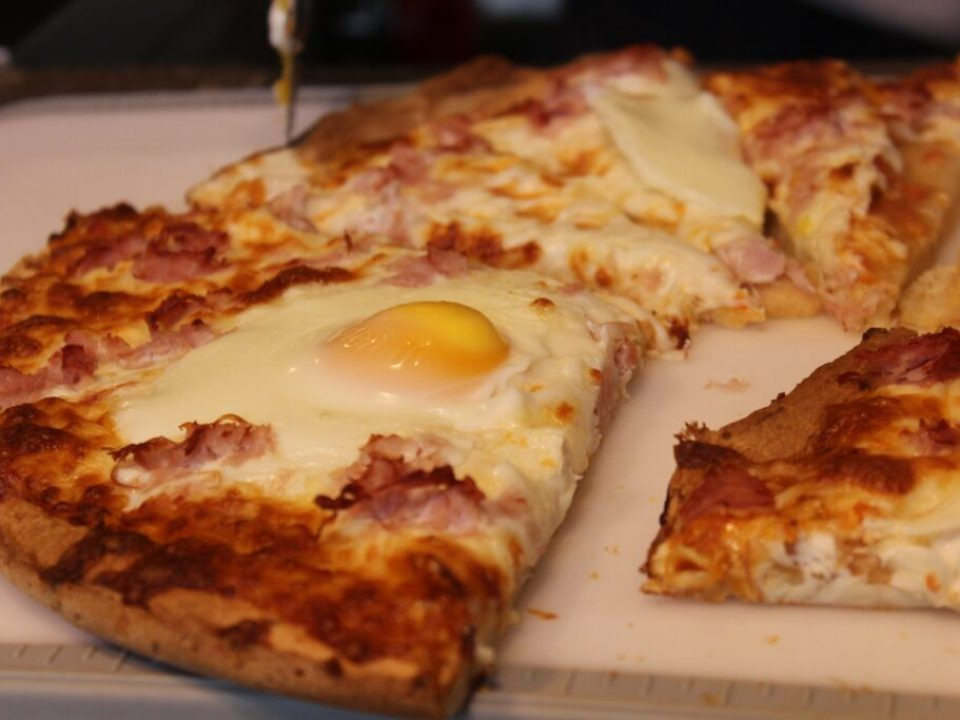 Gluten Free Breakfast Pizza: 3ten,ca