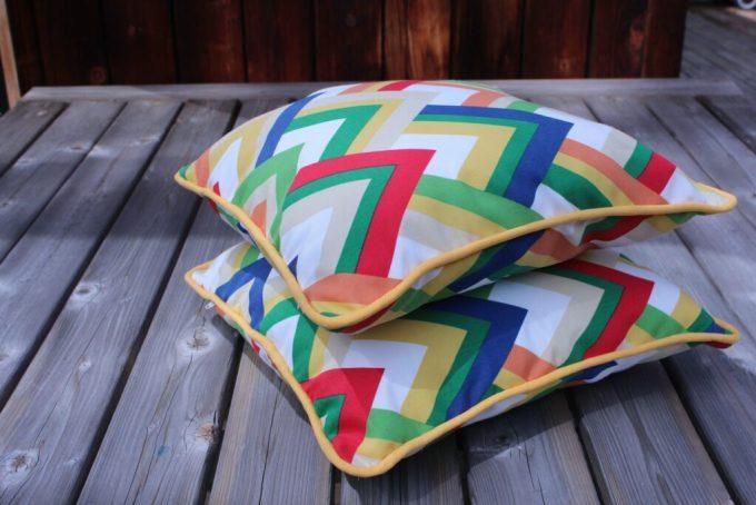 Piping and Zipper Outdoor Pillow: 3ten.ca