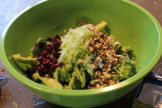 Broccoli Cheddar Bacon Salad: 3ten.ca