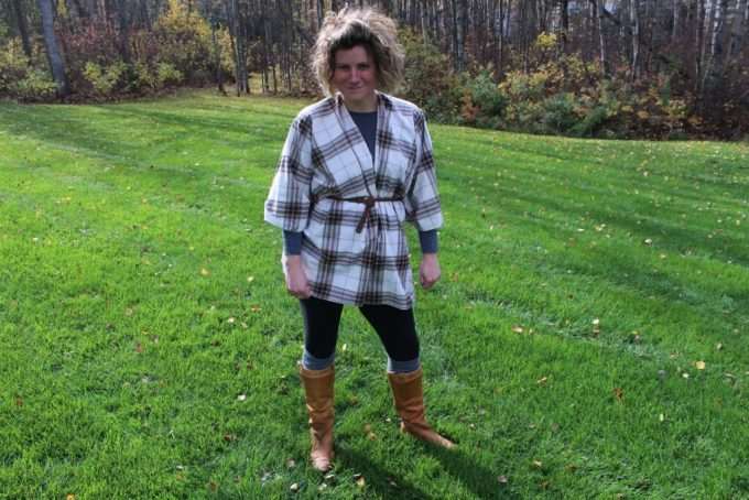 Fall Flannel Blanket Cape: 3ten.ca