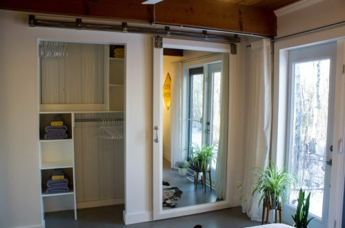 Mirror Barn Door: 3ten.ca