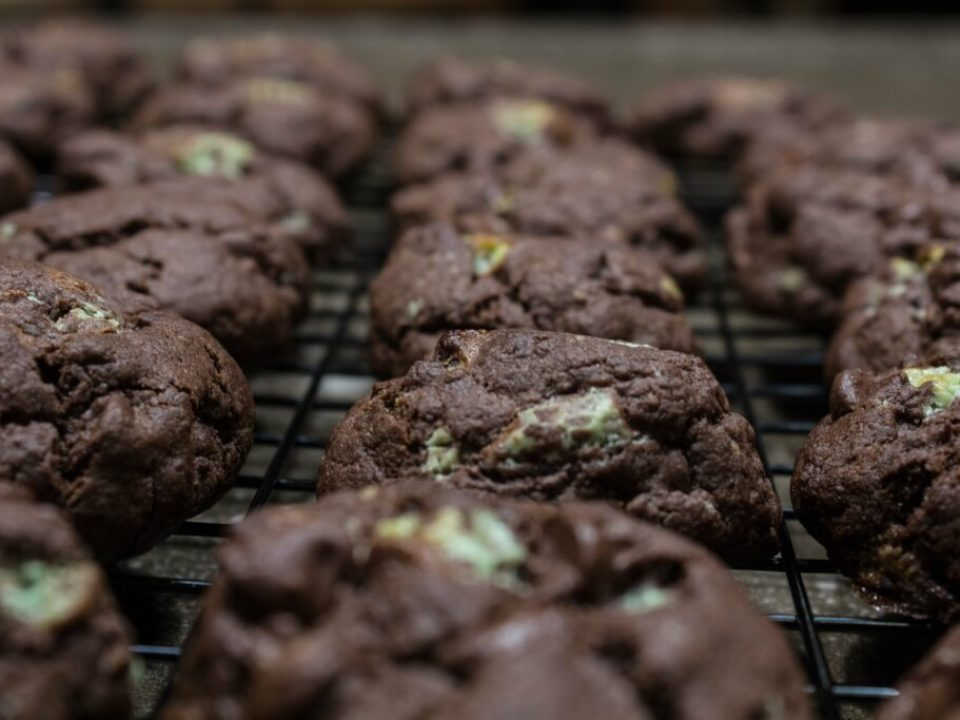 Triple Chocolate Mint Cookies: 3ten.ca