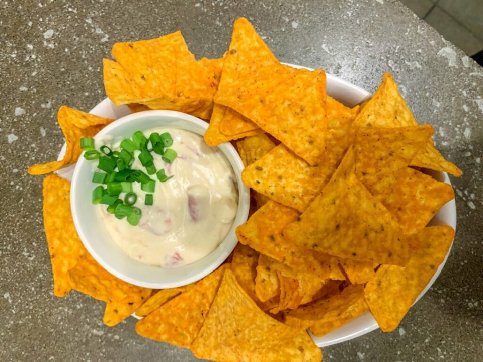 White Queso: 3ten.ca