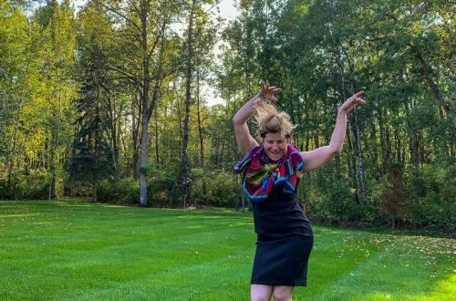 Dancing in a Black Dress: 3ten.ca