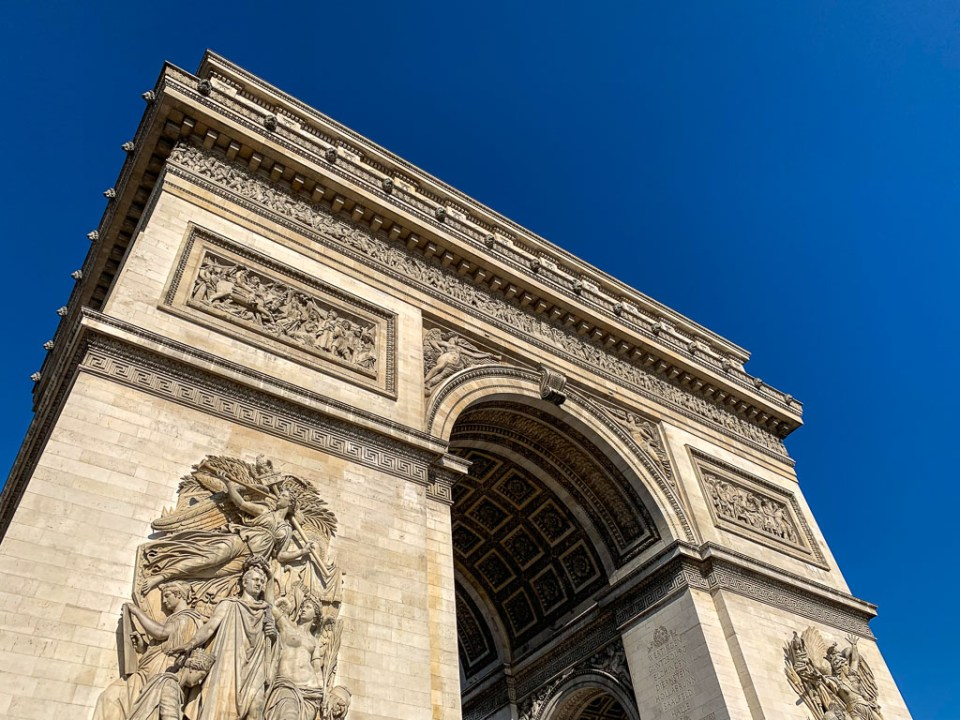 Arc de Triomphe: 3ten.ca