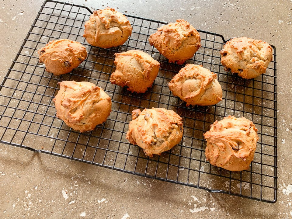 Cookies on Wire Rack: 3ten.ca