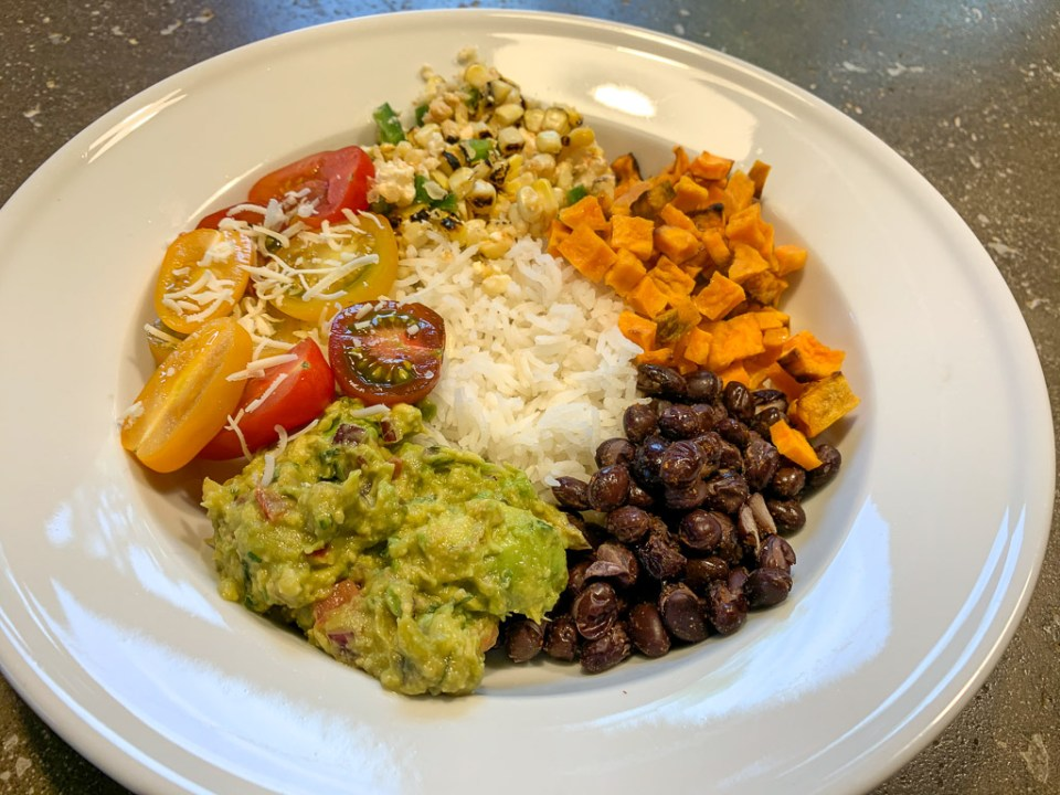 Sweet Potato Burrito Bowl: 3ten.ca