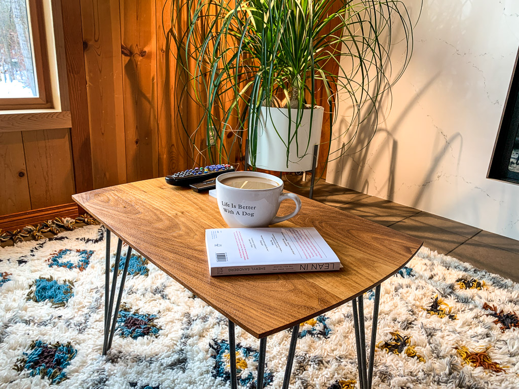 Coffee Table: 3ten.ca