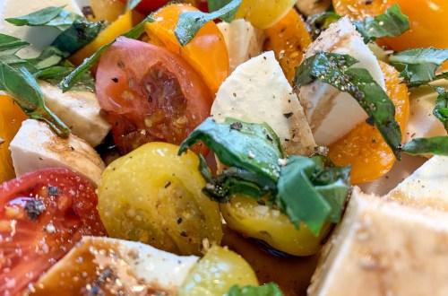 Bocconcini and Tomato Salad: 3ten.ca