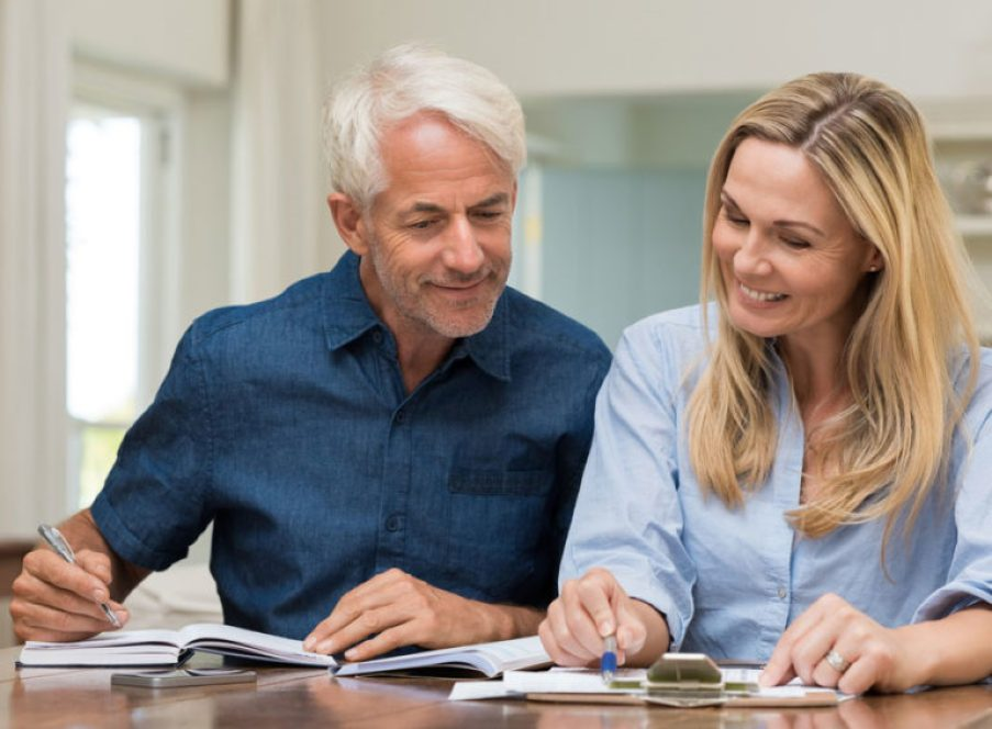 man and woman getting annuities explained and understanding annuities