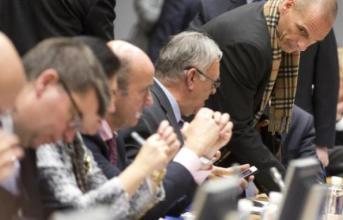 Άκαρπο το Eurogroup, όχι κυβέρνησης σε παράταση Μνημονίου