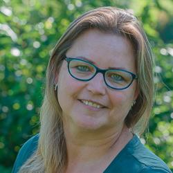 13. Esther van Rooijen