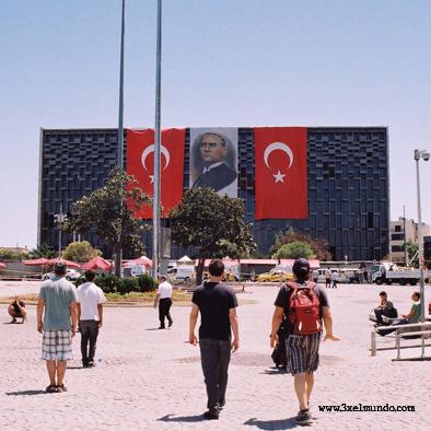 Plaza de Taskim_Ataturk Estambul