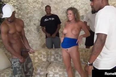 Fekete pasis gangbang szexvideók