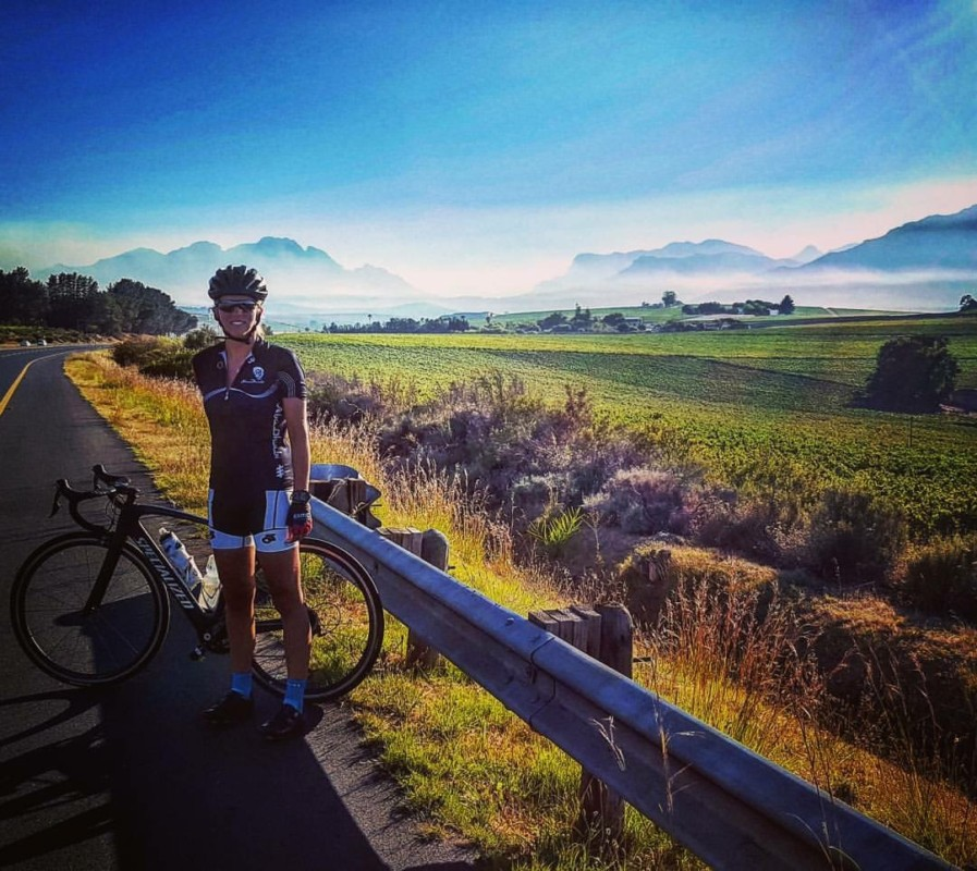 Wine lands cycling tour