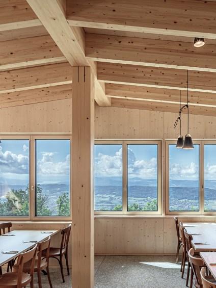 Restaurant Lägern Hochwacht mit dimmbaren Fenstergläsern