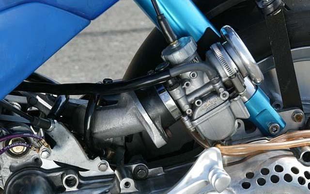バイクの吸気系