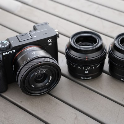 Hands-on with Sony's compact 24mm, 40mm, and 50mm G prime lenses