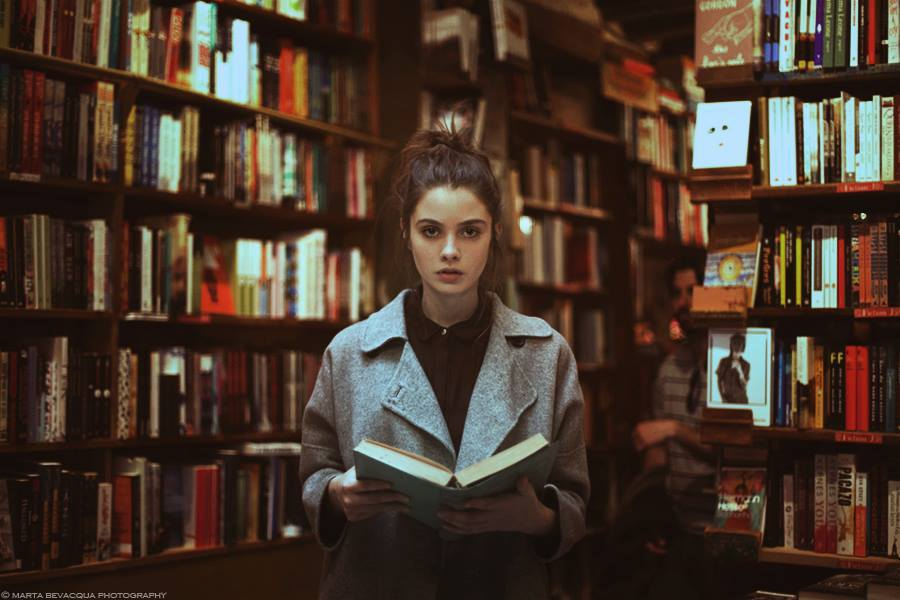 Marta Bevacqua, The Great Story. A surreal story, Paris 2015, featuring Juliet Searle in Sylvias Beach Whitman's Shakespeare and Company, 37 rue de la Bûcherie