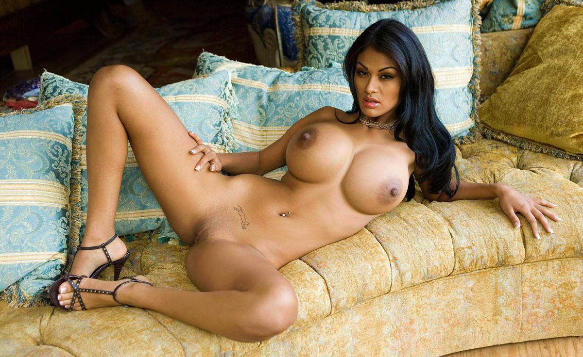 Nude russian celebrity pics male