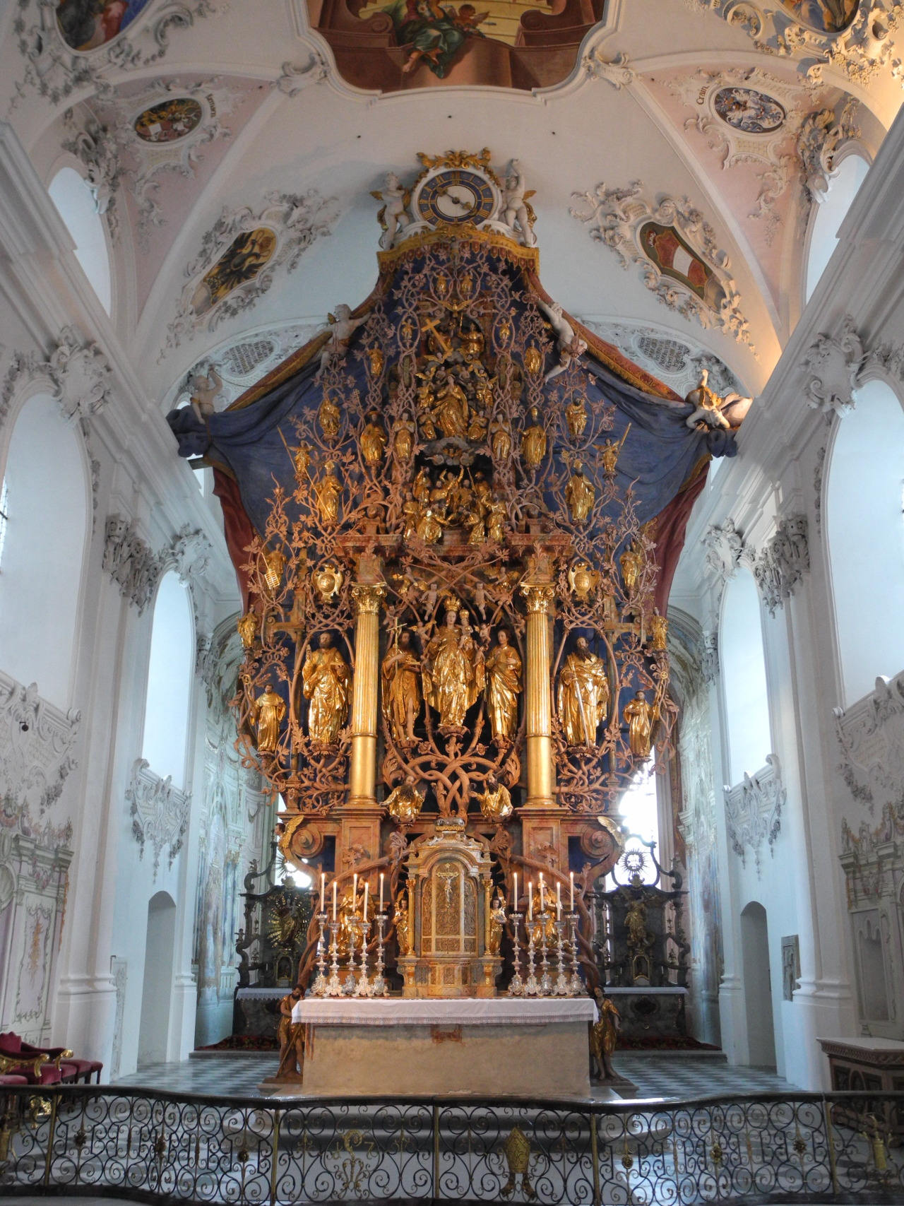 signorcasaubon:High Altar of Stift Stams (Stams Monastery), Tyrol, Austria
