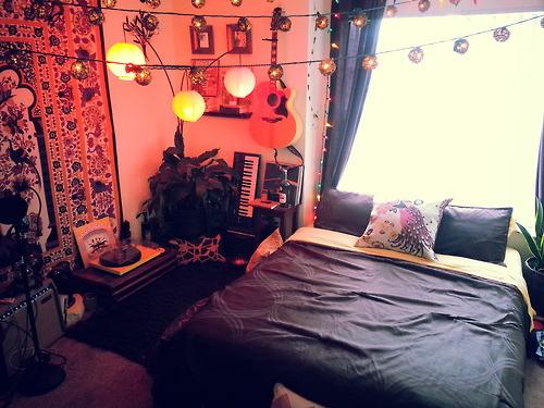 simple cozy bedroom   Tumblr on Teenager:_L_Breseofm= Bedroom Ideas  id=76577