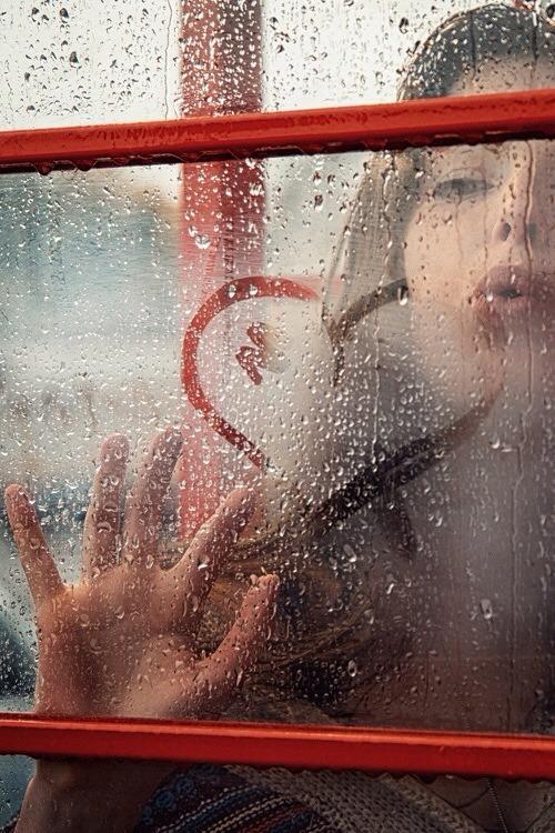 """struruso:  """"Un grande amore lo riconosci  perché quando lo vedi non ti passa davanti… ti passa dentro"""""""