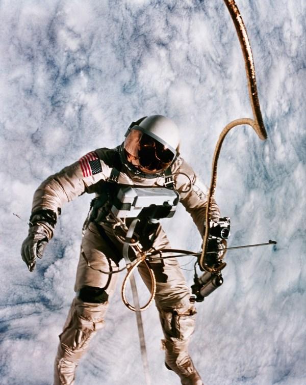 photography space earth Astronomy nasa astronaut Spacewalk ...