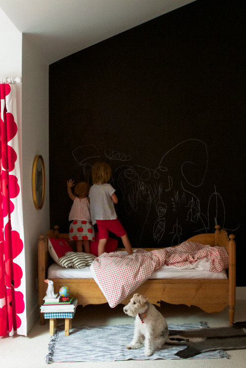 blackboard wall in the kids' room (via design mom: Meta Coleman)