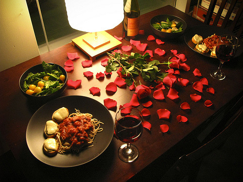 cooking your own food impresses dates... as long you cook for the date too!