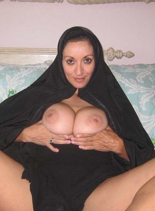 Middle east arab milf plays for me 8