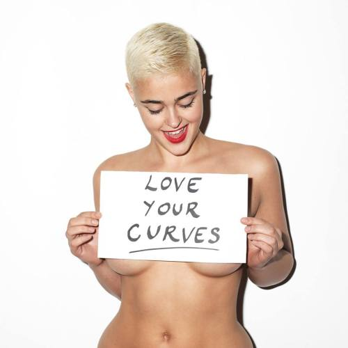 """You have to love your curves!""  Stefania Ferrario"