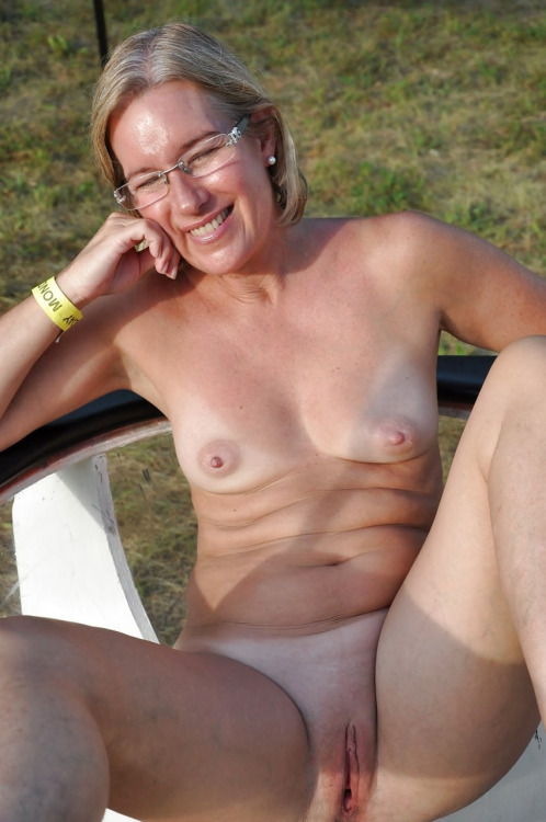 Mature hairy moms skinny chested flat
