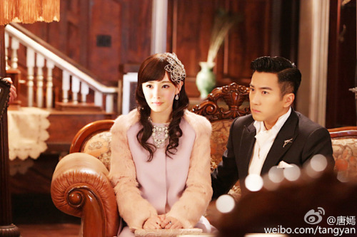 Tang Yan Photoshops Yang Mi taking her rightful place by Hawick Lau's side