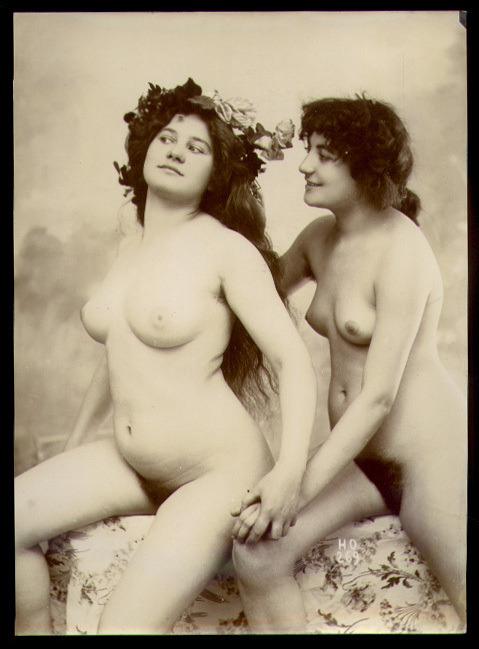 grandma-did:  Henri Oltramare series 269 - BFFs  Girlfriends.