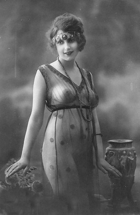 giftvintage:  1920's photograph of a flapper in a sheer dress  Hmm, not all flappers were flat-chested.