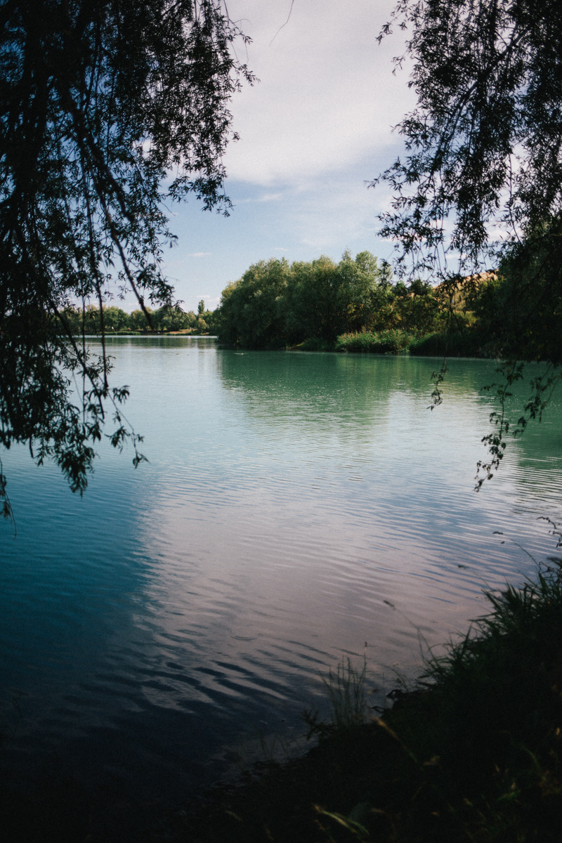 That's why we love sundays: A spontaneous short trip with our family to Alperstedt, a beautiful blue-green colored lake in Thuringia that looks like the mediterranean sea.