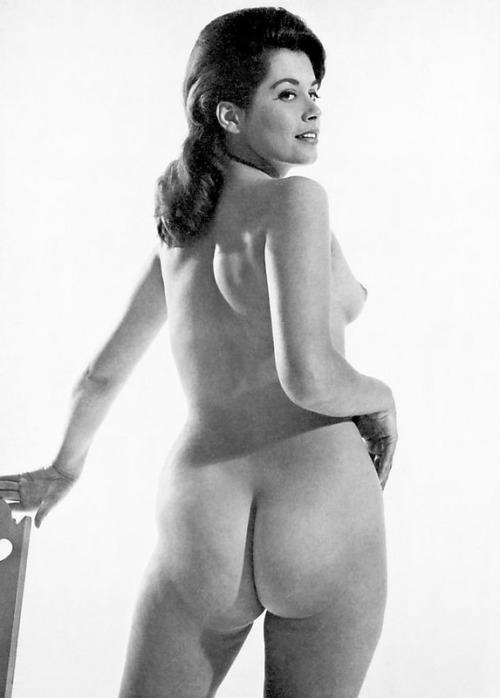 thekameraclub:  Dawns Delectable Derrière (1965)- Dawn Grayson  delectable