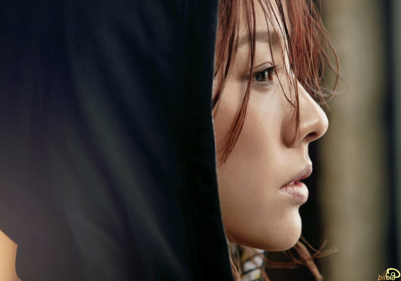 Lee Hyori - Cosmopolitan Magazine March Issue '15