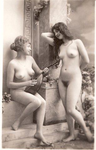 Vintage lesbian mandolin seduction. Works every time.