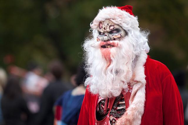 A Very Zombie Christmas 401AK47 A Zombie Survival Plan