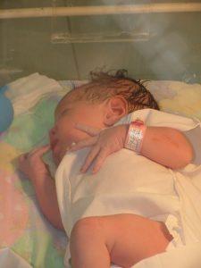 En la sala de recién nacidos