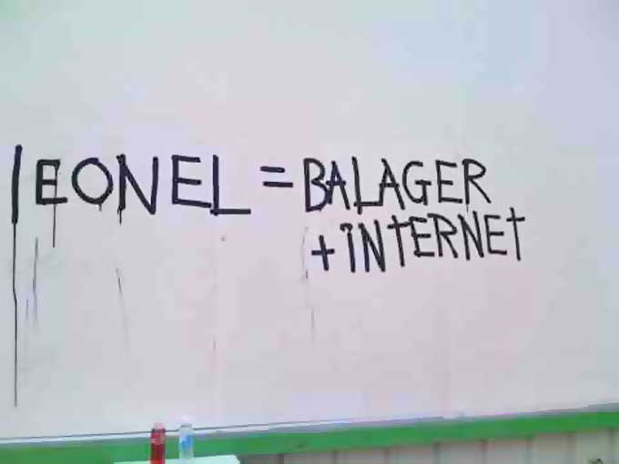 Leonel = Balaguer + Internet