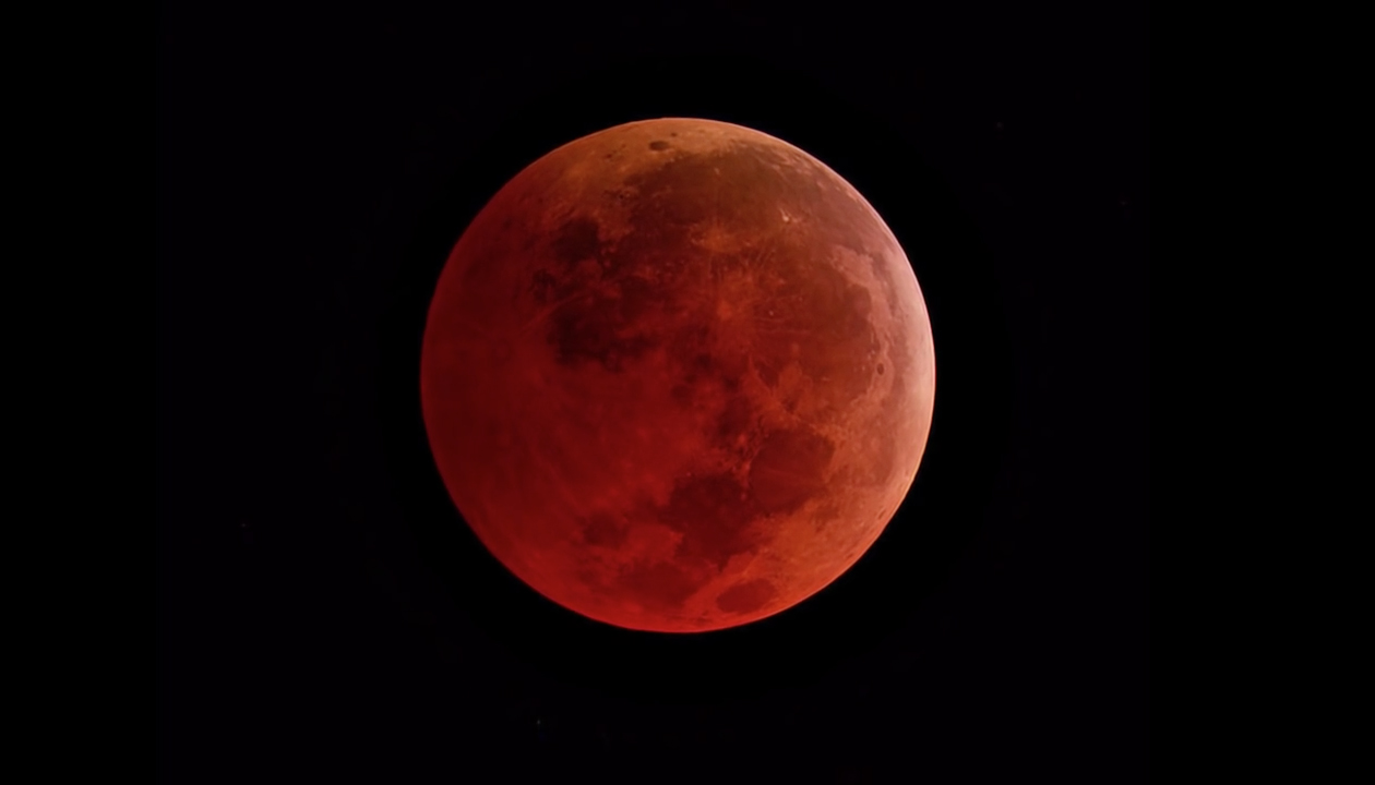 """""""¡La luna se pondrá roja!"""""""