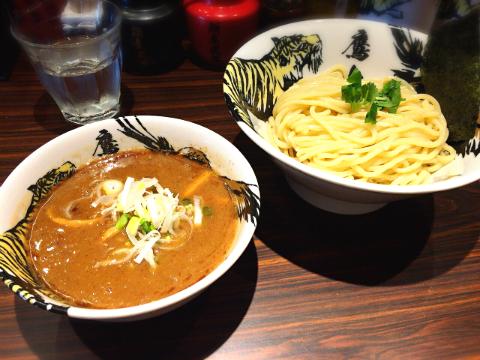 高田馬場:麺屋武蔵鷹虎