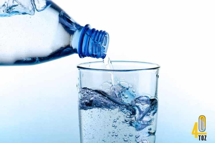 Wasser - natürlich, gesund und ohne Zucker
